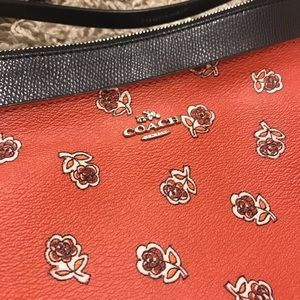 NWOT Coach Red & Navy Blue Floral Print Crossbody